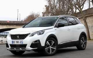 В сети появились первые фото салона нового Peugeot 3008