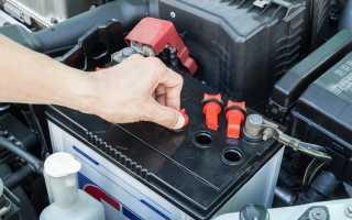 Какая кислота в аккумуляторе автомобиля