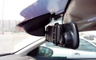 ТОП-10 автомобильных видеорегистраторов-зеркало с камерой заднего вида