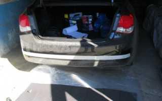 Как установить парктроник на Chevrolet Cruzе и подключить камеру заднего вида